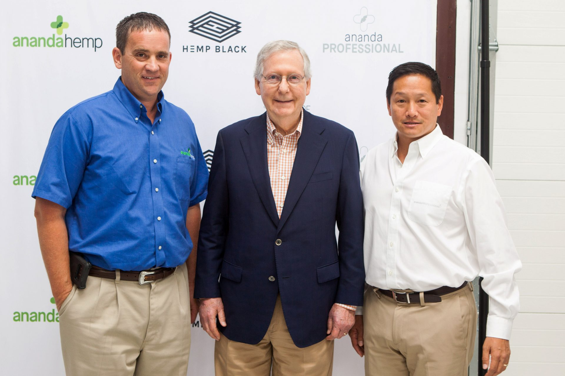 Senator McConnell Visits the Ananda Hemp Farm – Ecofibre